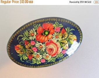 ON SALE Pretty Vintage Hand Painted Russian Lacquer Brooch