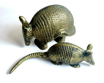 Vintage Armadillo Set, Solid Brass Armadillo Set, Vintage Brass Armadillo Sculptures, Armadillo Figures, Brass Armadillow Decor