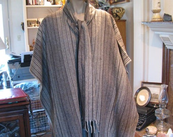 Vintage Woven Wool Serape / Poncho w/ Attached Scarf Tie -  Like New Condition - From Mexico