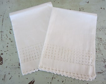 Vintage White Linen Hand Towels with Embroidery Set of 2