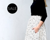 Beige cotton skirt with Raindrops print  / Midi skirt with pockets - 30% off