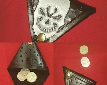 Leather Triangle Purse Black with Skull