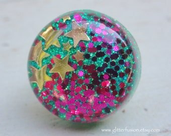 Mint Green Magenta Glitter Gold Stars Resin Dome Ring, Mint and Pink Celestial Party Ring, Asymmetrical Glitter Splash Resin Bubble Ring