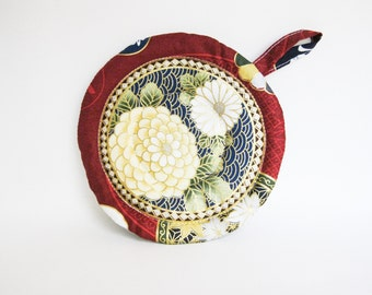 Handmade Quilted Circle Kitchen Kettle Pad in Red