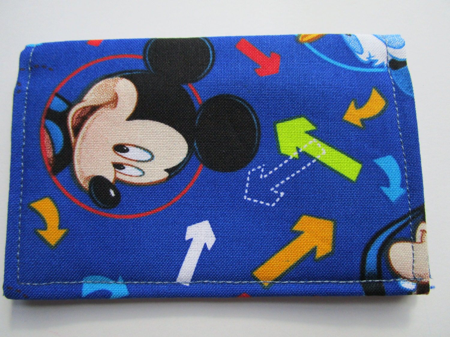 Mickey mouse pluto and donald duck wallet disney pass holder mickey mouse pluto and donald duck wallet disney pass holder credit card wallet colourmoves