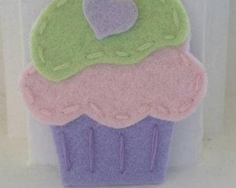 4 Handmade Felt Felties Cupcake Appliques-Pink Pistachio