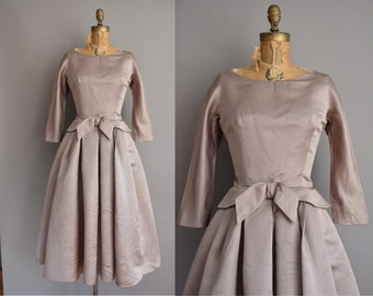 50s gorgeous taupe full skirt vintage dress / vintage 1950s dress