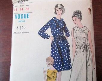 60s Vintage Vogue uncut Pattern 6077 - dress, size 14