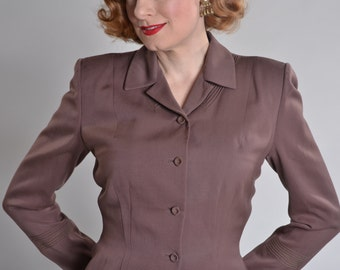 Vintage 1940s Mocha Gabardine Jacket - Novelty Print Lining - 1950s Fall Fashions Size M