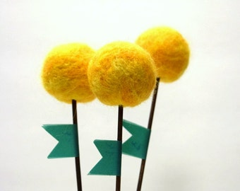 Yellow Pom Pom Flowers, craspedia, billy balls, Billy Ball Bouquet, Set Of 3, Mini Bouquet, Office Decor, No Hassle Decor, Wool Ball flowers