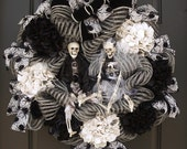 Skeleton Halloween Wreath, Skeleton Wreath, Elegant Halloween Wreaths, Fall Wreath, Halloween Wedding Wreath, Bride and Groom Wreath