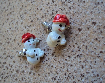 Snowmen Small Pierced Post Vintage Earrings, Christmas, Snowman with Rhinestone in Hat
