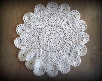 Crocheted Doily Vintage Hand Made Doilie Crochet Linens Home & Living Home Decor Cottage Shabby Chic Farmhouse