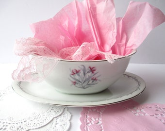 Vintage Empress Garland Floral Gravy Boat with Attached Underplate - Pink and Gray