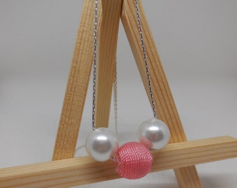 Simple Pearl and Pink Necklace