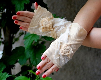 fingerless gloves, zombie gloves, tattered gloves, mummy, vampire, steampunk, costume, halloween, women gloves, tatter punk, cream,sepia,raw