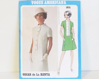 Vintage 1960's Oscar de La Renta Mod VOGUE Dress Pattern 1975 / Vintage Size 12 Bust 34 Hips 36