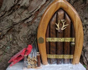 Gnome / Fairy door - snow scene