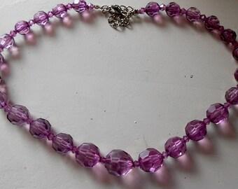 Vintage Pale Violet Lucite Bead Necklace of