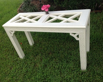 CHINOISERIE FRETWORK CONSOLE Table / Hollywood Regency Fretwork Console / Chinoiserie Style at Retro Daisy Girl