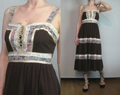 60s 70s LACE UP CALICO Vintage Tiered Chocolate Ecru Black Floral Corset Rayon Boho Peasant Sundress Dress s/m Medium m/l 1960s 1970s
