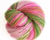 Ispahan - organic merino wool  - single thread shawl yarn 104gr 470m