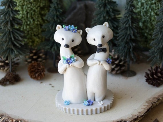Polar Bear Wedding Cake Topper by Bonjour Poupette
