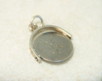 Vintage Forget Me Not spinner charm. Sterling silver