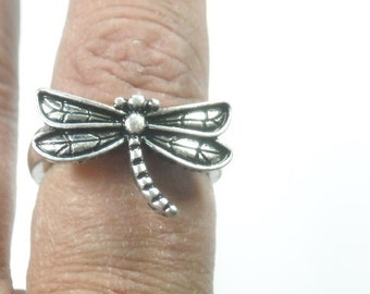 Sale| Dragonfly Ring - Dragonflies - Dragonfly Jewelry - Nature - Summer - Boho Chic - Insect Jewelry - Bug Ring - Stretch - Silver - Stacki