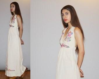 Vintage 1960s Oaxacan Ethnic Hippie Halter Embroidered Festival Maxi Dress - Backless Maxi Dress - Vintage Hippie Wedding Dress - WD0917