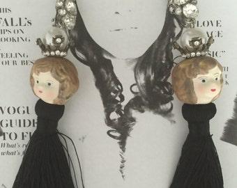 DOLLS HEAD Vintage pierced back gold plated Black Tassel Earrings