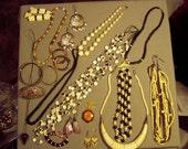 Vintage Lot Hippie Boho Ethnic 10 Necklaces 4 Bracelets Barrette 4 Pairs Earrings Bone Brass Copper  8243
