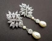 Pearl Earrings,Bridal Rhinestone Earrings,Wedding Pearl Earrings,Swarovski Crystal Pearl Wedding Bridal Earrings,Bridal Stud Earrings,BLAKE