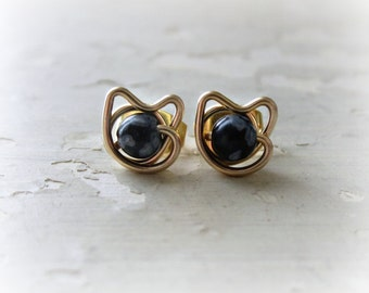 Small Cat Earrings, Spotted Cat Posts, Little Cat Studs, Gold Cat Earrings, Kitty Jewelry, Cat Lover Gift, Gold Stud Earrings, Crazy Cat Lad