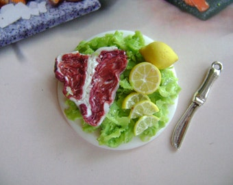 Dollshouse Food 1:12 tray steak  Puppenstube Küchen Miniatur, maison de poupées cake sweet