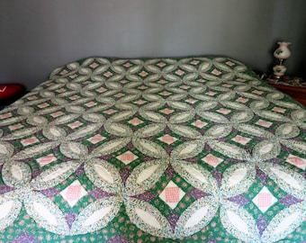 Vintage double wedding ring? quilt