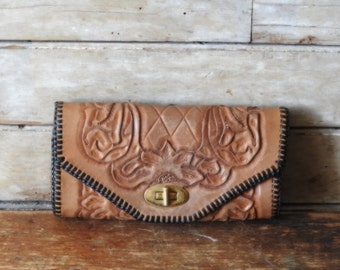 Vintage Hand Tooled Leather Woman Case/Wallet Brown 1950s or 60s