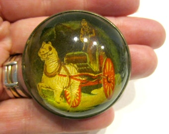 Vintage Bridle Rosette Dome Intaglio Glass Brooch Vintage Horse Chariot Bubble Pin Brass Equestrian