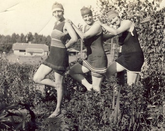 Women in ROARING 20s BATHING SUITS and Swim Caps Posing in Garden Photo Circa 1920s