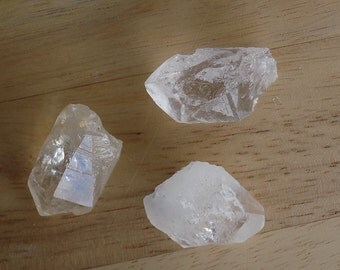 Lot of 3 Quartz Points Gemstone Specimens Large Total weight 50 grams Collectible Grid work or Bags