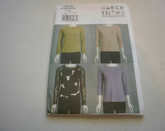 Pattern Ladies Tops 4 Styles Sizes 8 to 14  Vogue 8636