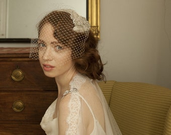 Old Hollywood Headpiece and birdcage veil - Art Deco cap with Birdcage veil - 1940s Headpiece, 1930s Headpiece.
