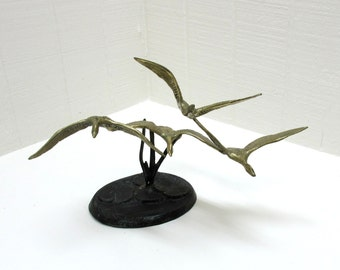 Vintage 4 Brass And Bronze Geese Or Ducks Figurines Flying Over Lily Pond