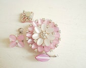 Vintage Lisner Pink Flower Brooch with matching screwback earrings