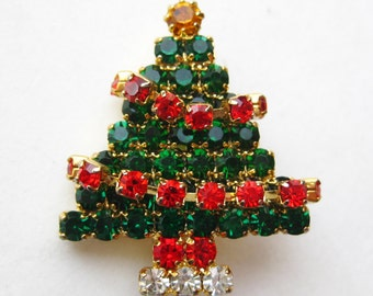 Vintage Rhinestone Jeweled Gold Christmas Tree Pin Brooch