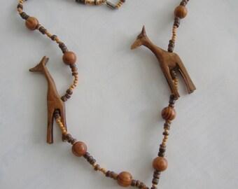 Wooden Animal Necklace: Giraffes, Tiger