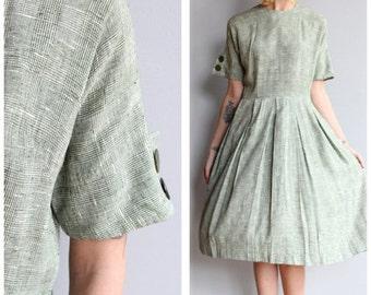 Sale 1950s Dress // Poinette Dress // vintage 50s dress