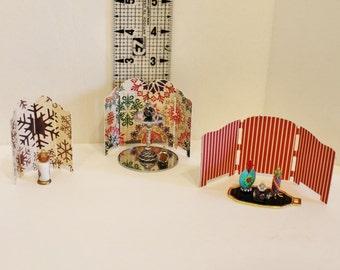 Petite Dollhouse Miniature Paper Folding Screen - set of 3 red green brown tan snowflakes plaid
