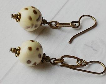 EARRINGS BROWN CREAM Handmade Kazuri Beads