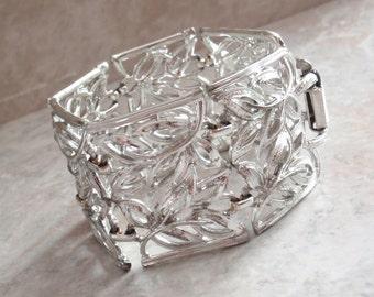 Wide Bracelet Coro Pegasus Silver Tone Panel Vintage V0818